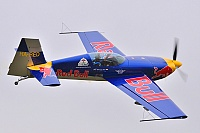 The Flying Bulls – Extra 300/S HA-RED