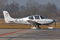 Queen Air – Cirrus SR22-GTS OK-VLP