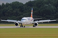 Smart Wings – Airbus A320-214 OK-HCB