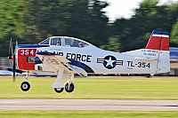 Private/Soukromé – North American T-28B N1328B