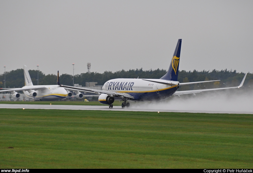 Ryanair – Boeing B737-8AS EI-FZH